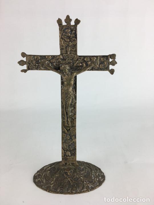 FANTASTICO CRUCIFIJO EN PLATA DE LEY MARCADO Y PUNZONADO 130 GRAMOS DE PLATA 17 X 9 CM (Antigüedades - Religiosas - Crucifijos Antiguos)