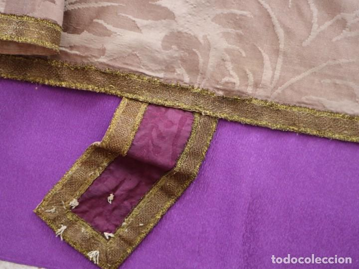 Antigüedades: Capa pluvial confeccionada en seda de damasco. España. Siglos XVIII-XIX. - Foto 20 - 286899398