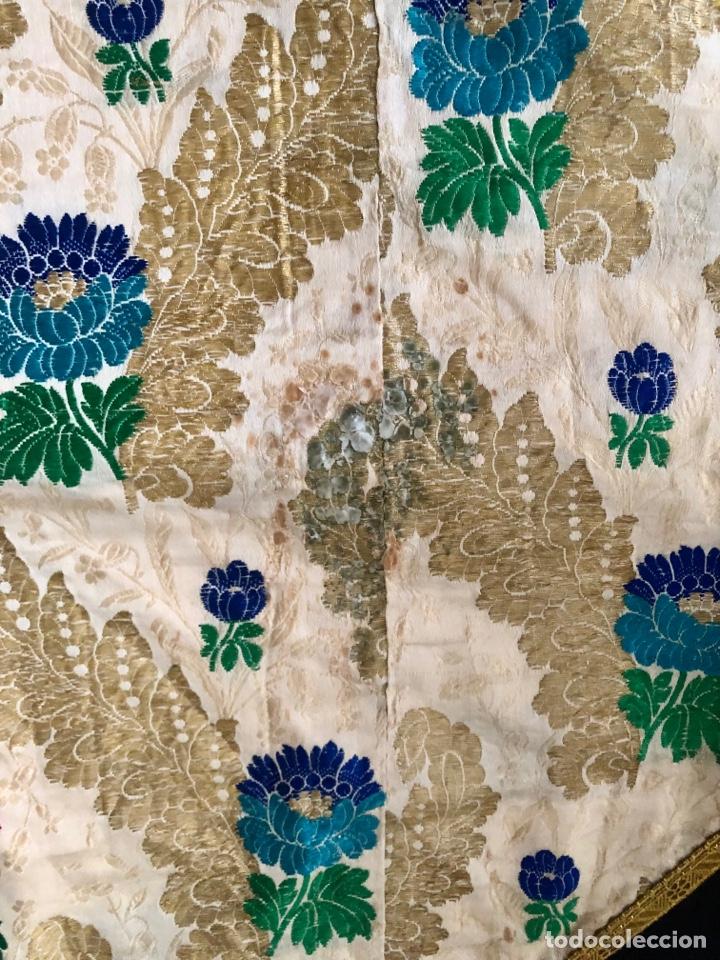 Antigüedades: Capa pluvial brocada en oro y sedas - Foto 4 - 286939688