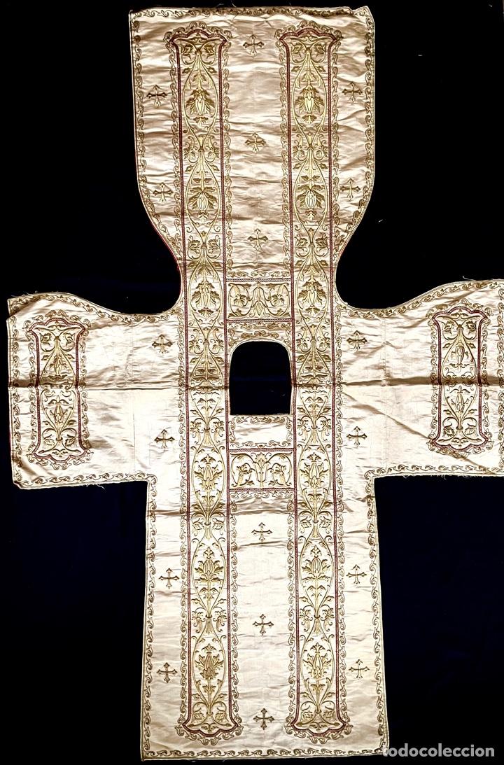 DALMÁTICA BORDADA EN ORO FINO S.XIX (Antigüedades - Religiosas - Dalmáticas Antiguas)