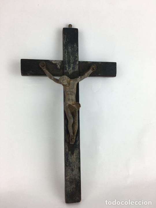 CRUCIFIJO EN MADERA 27 X 15 CM - CRISTO (Antigüedades - Religiosas - Crucifijos Antiguos)