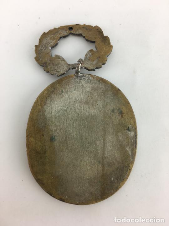 Antigüedades: MEDALLA HERMANDAD S. COSME Y S. DAMIAN - Foto 3 - 287005618