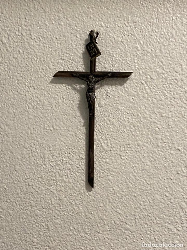 ANTIGUO CRUCIFIJO. CRISTO DE PLATA. DE LEY. GRNDES DIMENSIONES (24X13X1 CM) . VER FOTOS (Antigüedades - Religiosas - Crucifijos Antiguos)