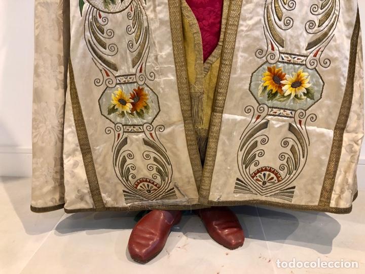 Antigüedades: Capa pluvial en seda blanca. Bordados. Siglo XIX. Flor de lis. - Foto 7 - 287141878