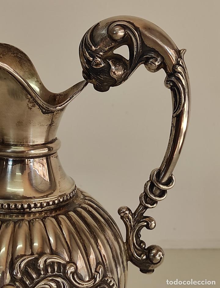 Antigüedades: Decorativa Jarra en Plata de Ley con Contrastes - Joyería Oriol, Barcelona - Altura 34 cm - Foto 9 - 287226638