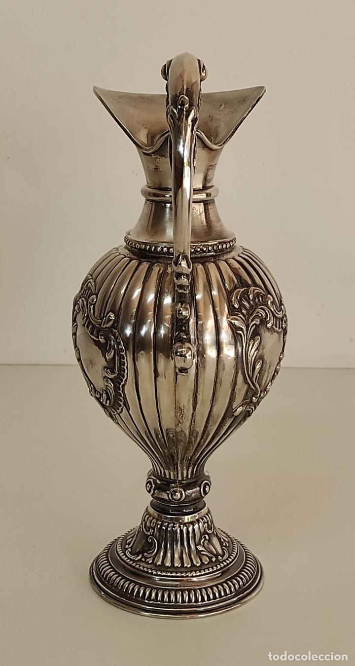 Antigüedades: Decorativa Jarra en Plata de Ley con Contrastes - Joyería Oriol, Barcelona - Altura 34 cm - Foto 10 - 287226638