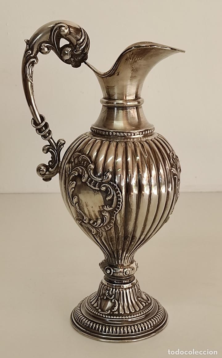 Antigüedades: Decorativa Jarra en Plata de Ley con Contrastes - Joyería Oriol, Barcelona - Altura 34 cm - Foto 11 - 287226638