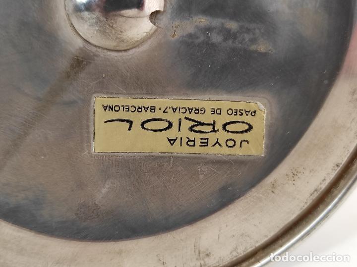 Antigüedades: Decorativa Jarra en Plata de Ley con Contrastes - Joyería Oriol, Barcelona - Altura 34 cm - Foto 14 - 287226638