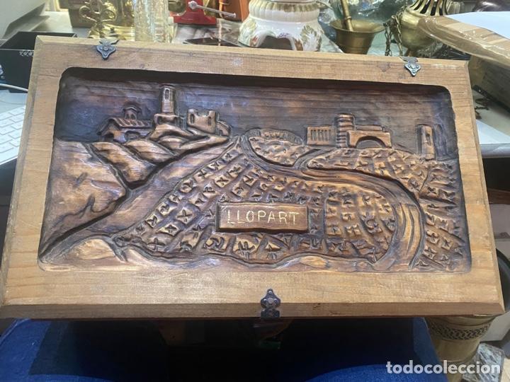 Antigüedades: Preciosa caja de madera antigua ( pueblo llopart tallado ). (46x26x14 cm) - Foto 2 - 287242348