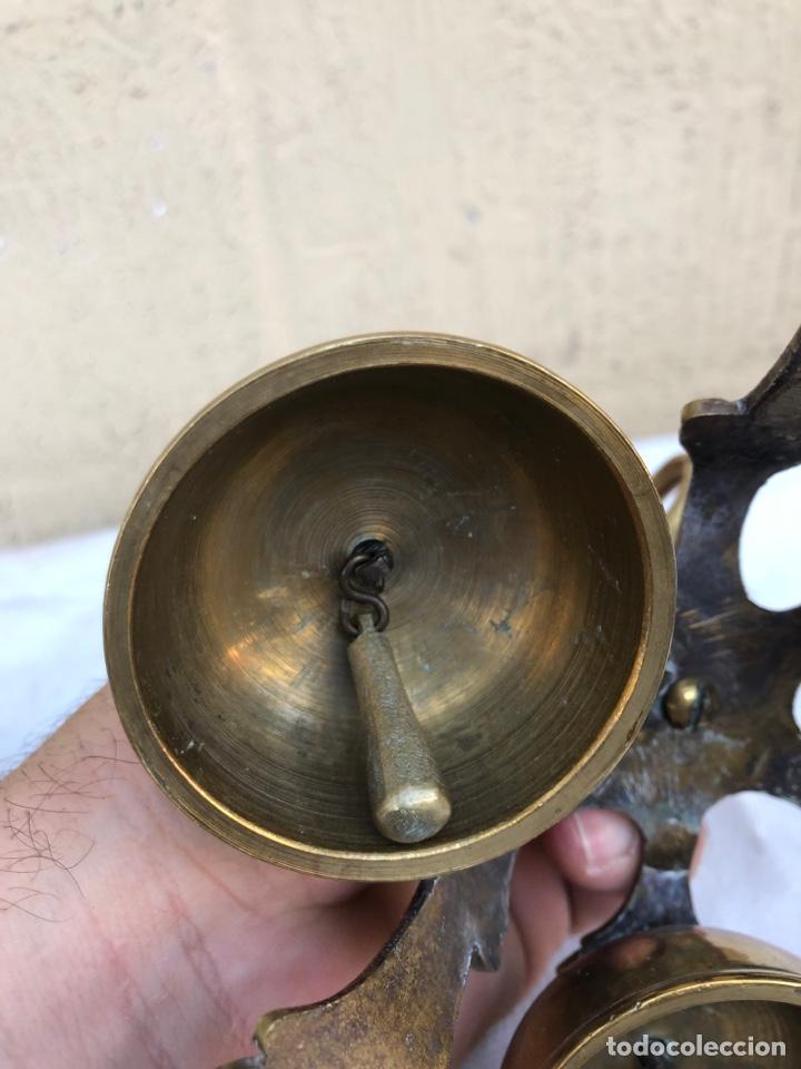 Antigüedades: Campanillas Litúrgicas o Campanas de Misa para la consagración, buen estado, bronce.medidas 16x14 cm - Foto 7 - 287247453
