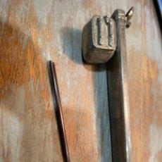 Antigüedades: ESCRIBANIA CHINA DE PLATA SIGLO XIX CON SELLOS. Lote 287372193