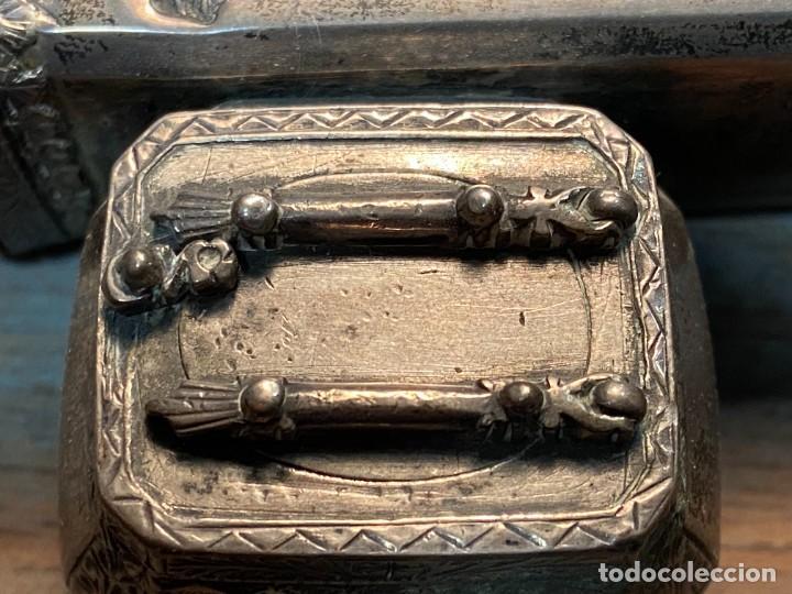 Antigüedades: ESCRIBANIA CHINA DE PLATA SIGLO XIX CON SELLOS - Foto 10 - 287372193