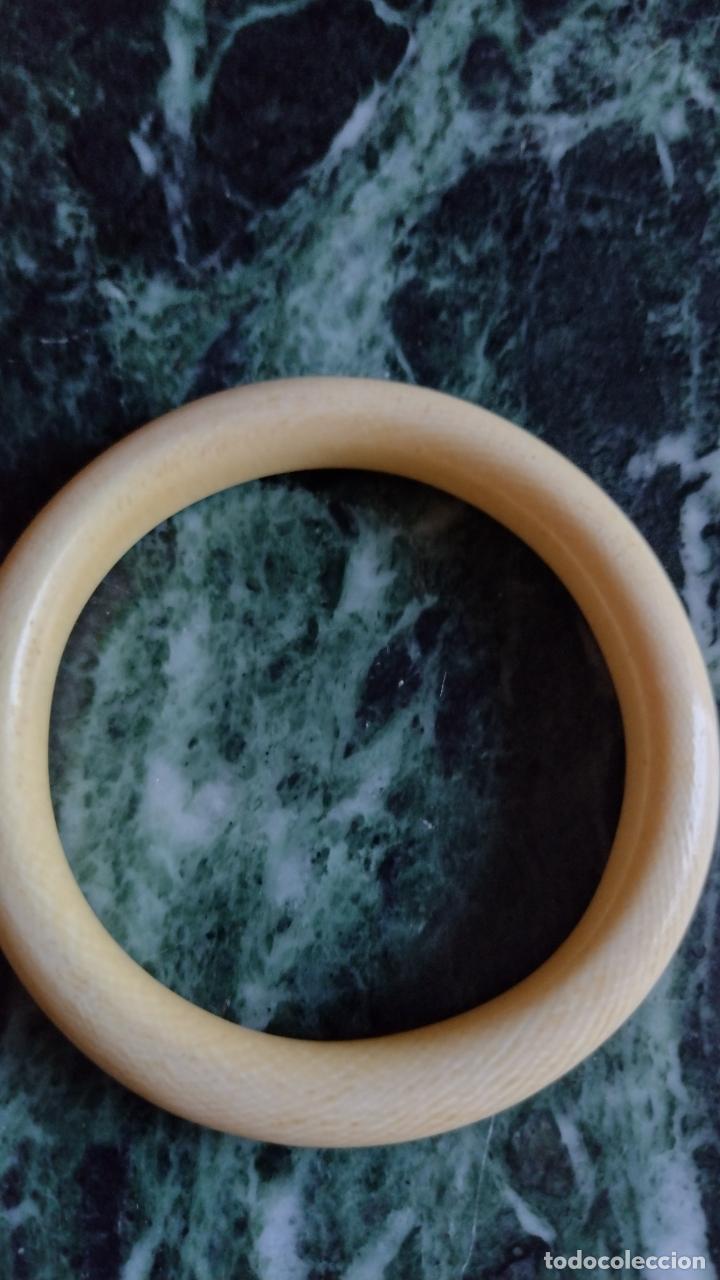 Antigüedades: Antigua pulsera en marfil de una pieza . - Foto 2 - 287488038
