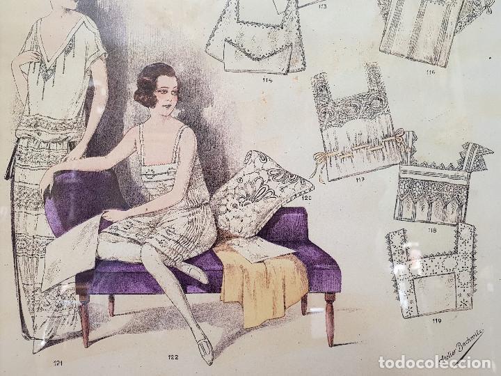Antigüedades: 8. Taller de costura. Litografía enmarcada en marco de pino. Atelier. Moda. - Foto 2 - 287491513