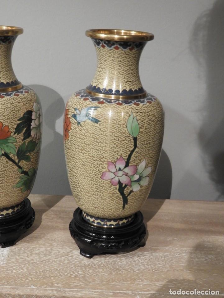 Antigüedades: PAREJA DE JARRONES CLOISONNE DE ESMALTE Y BRONCE - Foto 8 - 287569323