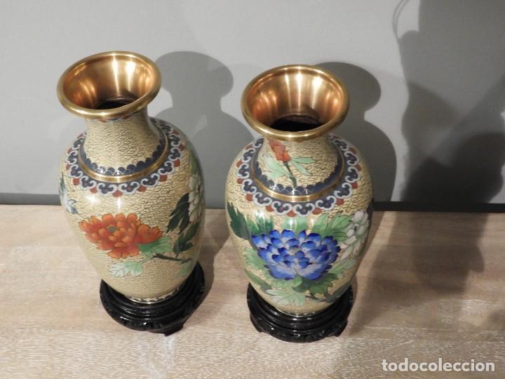 Antigüedades: PAREJA DE JARRONES CLOISONNE DE ESMALTE Y BRONCE - Foto 9 - 287569323