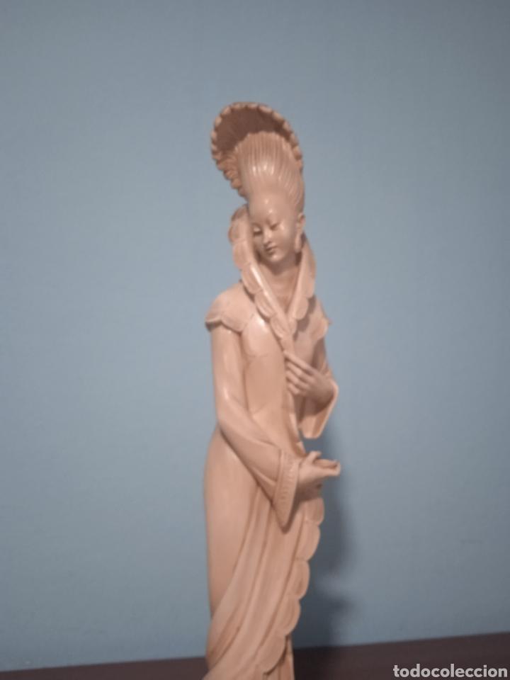 Antigüedades: Antigua figura china está aen buen estado ver fotos altura 38cm - Foto 5 - 287585468