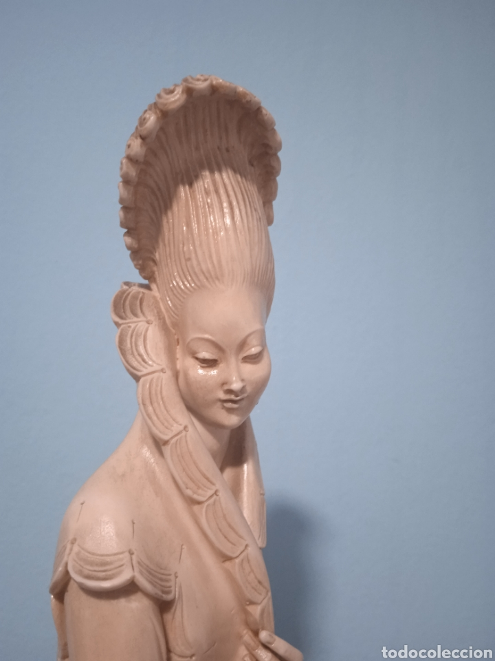 Antigüedades: Antigua figura china está aen buen estado ver fotos altura 38cm - Foto 8 - 287585468