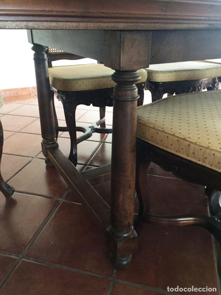 Antigüedades: Mesa de gran tamaño de madera de nogal macizo. En buen estado. - Foto 3 - 287602073