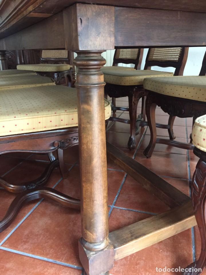 Antigüedades: Mesa de gran tamaño de madera de nogal macizo. En buen estado. - Foto 4 - 287602073