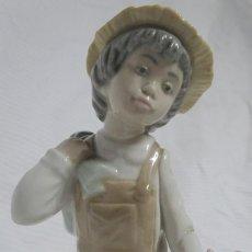 Antigüedades: FIGURA PORCELANA DE NAO LLADRÓ DAISA 1980 , 20 CM , VER FOTOS. Lote 287641548