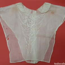 Antigüedades: PECHERA ANTIGUA BORDADA. FALTAS. Lote 287675398
