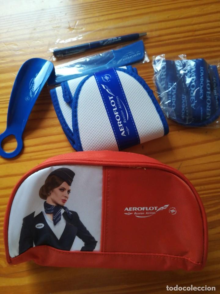 Antigüedades: Bolsa de biaje con complementos marca rusa Aeroflot - Foto 3 - 287728628