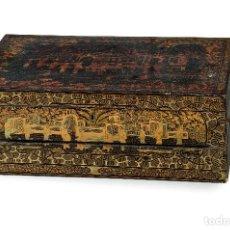 Antigüedades: ESCRITORIO DE VIAJE CHINO DE MADERA LACADA Y DORADA, S. XIX.. Lote 287737928