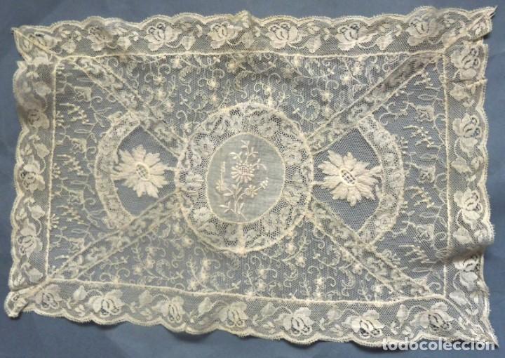 Antigüedades: ANTIGUO TAPETE DE ENCAJE DE NORMANDÍA S.XIX - Foto 7 - 287751418