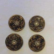 Oggetti Antichi: LOTE 4 GRANDES BOTONES ANTIGUOS. Lote 287784458