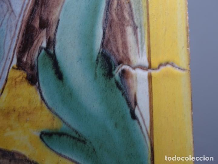 Antigüedades: GRAN AZULEJO DE LOS OFICIOS. PINTOR. 26.50x26.50 CM. SIGLO XIX. - Foto 5 - 287793988