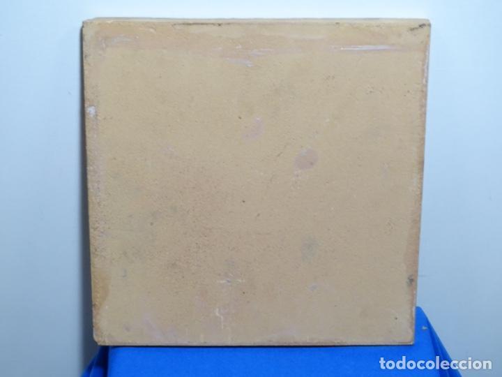 Antigüedades: GRAN AZULEJO DE LOS OFICIOS. PINTOR. 26.50x26.50 CM. SIGLO XIX. - Foto 9 - 287793988