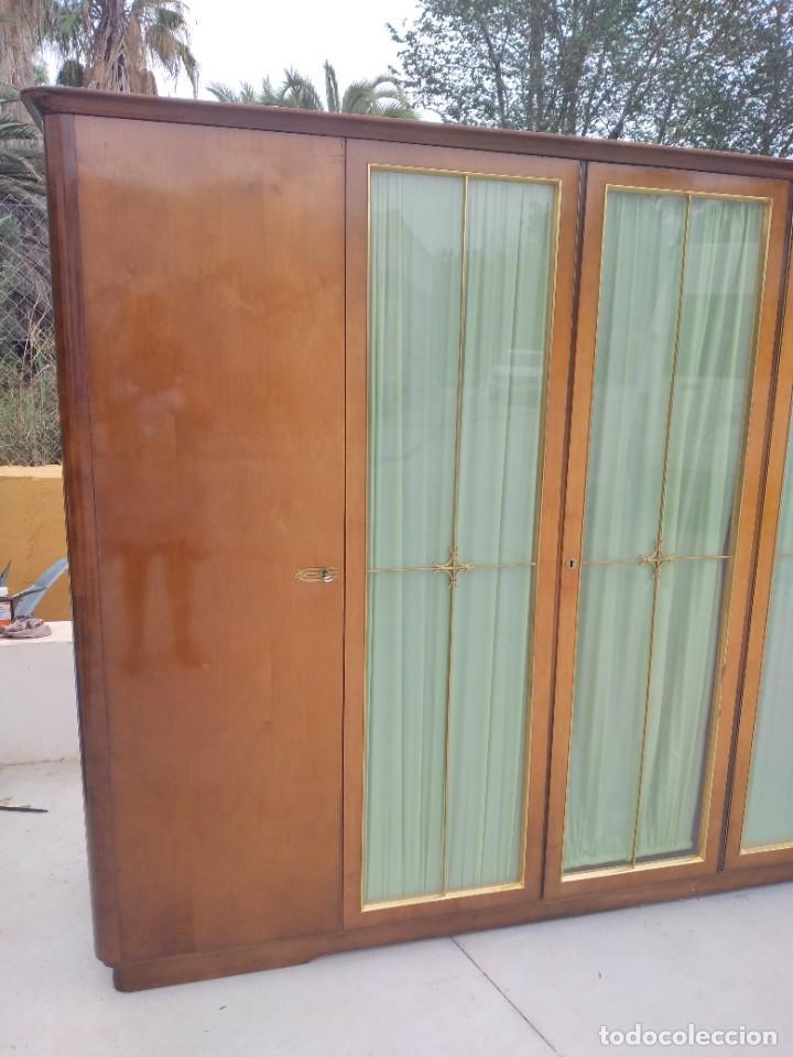 Antigüedades: Antiguo armario de madera de teca,5 puertas,3 de cristal,möbel mann karlsruhe mannheim, años 50/60 - Foto 3 - 287814853
