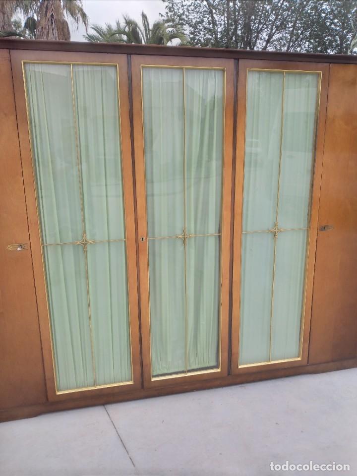 Antigüedades: Antiguo armario de madera de teca,5 puertas,3 de cristal,möbel mann karlsruhe mannheim, años 50/60 - Foto 4 - 287814853