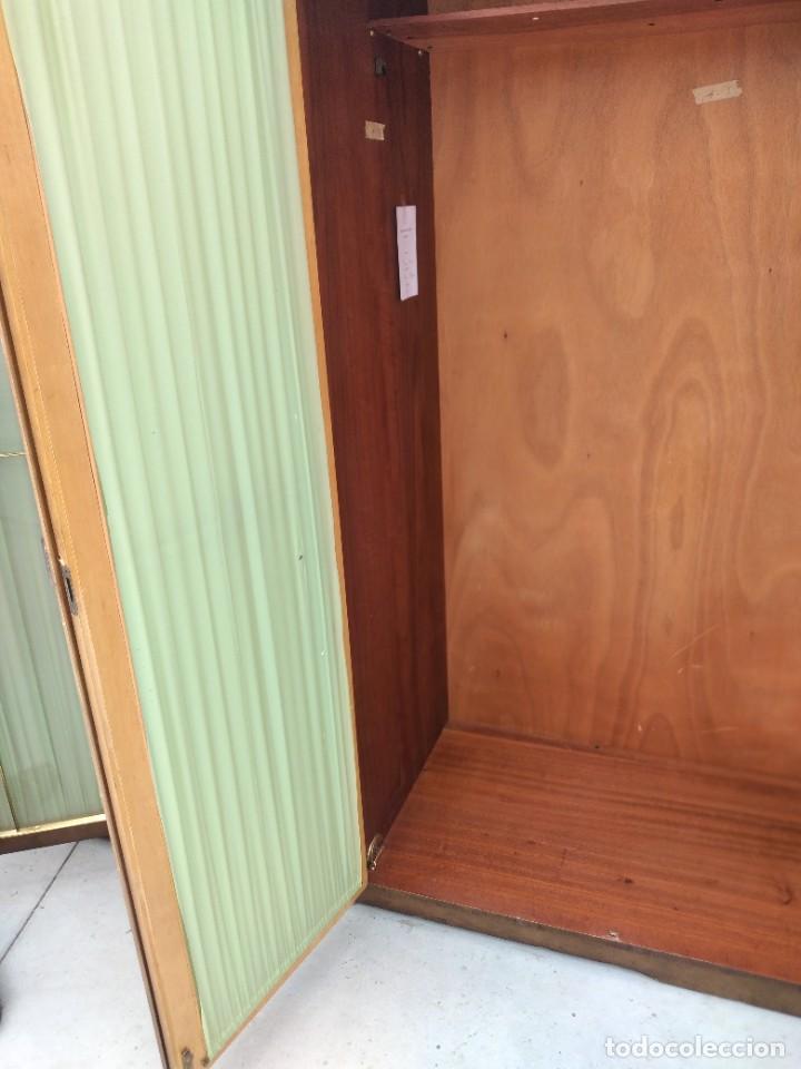 Antigüedades: Antiguo armario de madera de teca,5 puertas,3 de cristal,möbel mann karlsruhe mannheim, años 50/60 - Foto 12 - 287814853
