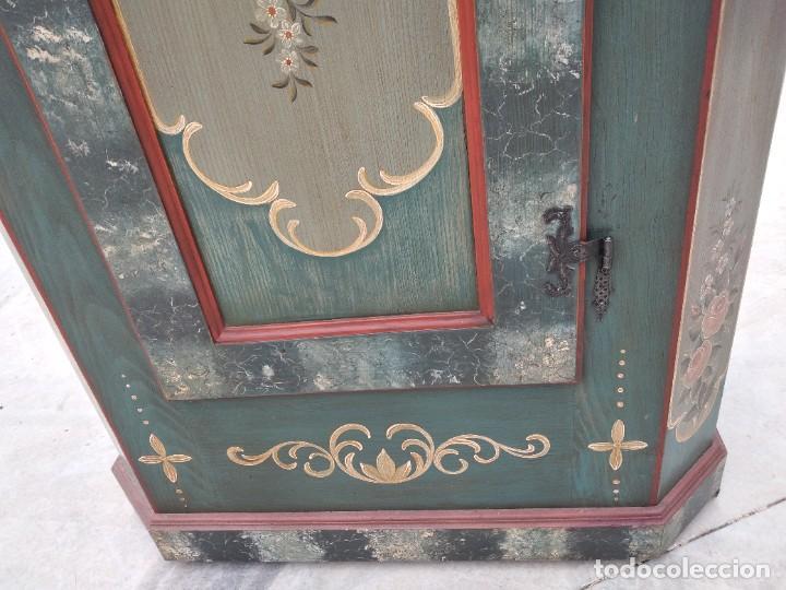 Antigüedades: Precioso mamario de madera de pino, pintado a mano, atelier Anne lebet,1 puerta - Foto 10 - 287815418
