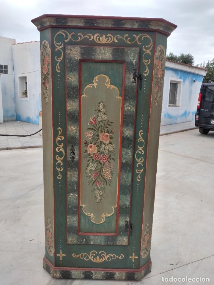 Antigüedades: Precioso mamario de madera de pino, pintado a mano, atelier Anne lebet,1 puerta - Foto 14 - 287815418
