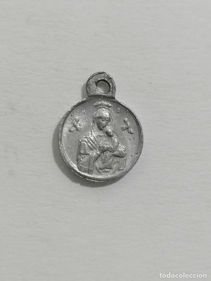 Antigüedades: MEDALLA, VIRGEN CON EL NIÑO Y SAGRADO CORAZON, MEDIDAS 10 MM - Foto 2 - 287898573