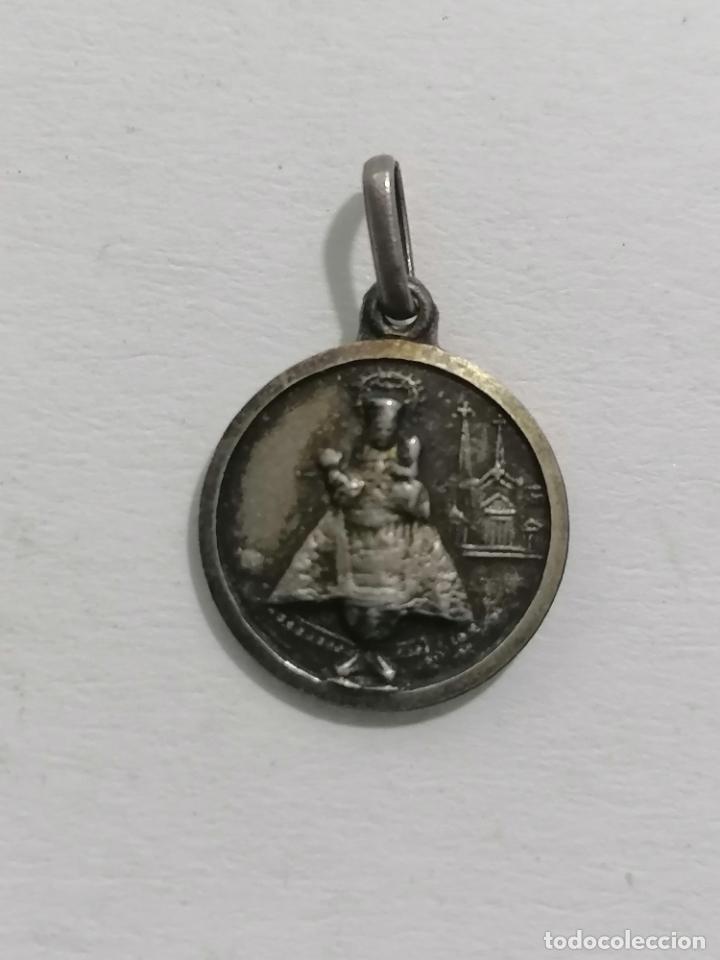 MEDALLA, VIRGEN CON EL NIÑO Y SAGRADO CORAZON, DIAMETRO 12 MM (Antigüedades - Religiosas - Medallas Antiguas)