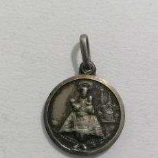 Antigüedades: MEDALLA, VIRGEN CON EL NIÑO Y SAGRADO CORAZON, DIAMETRO 12 MM. Lote 287921208