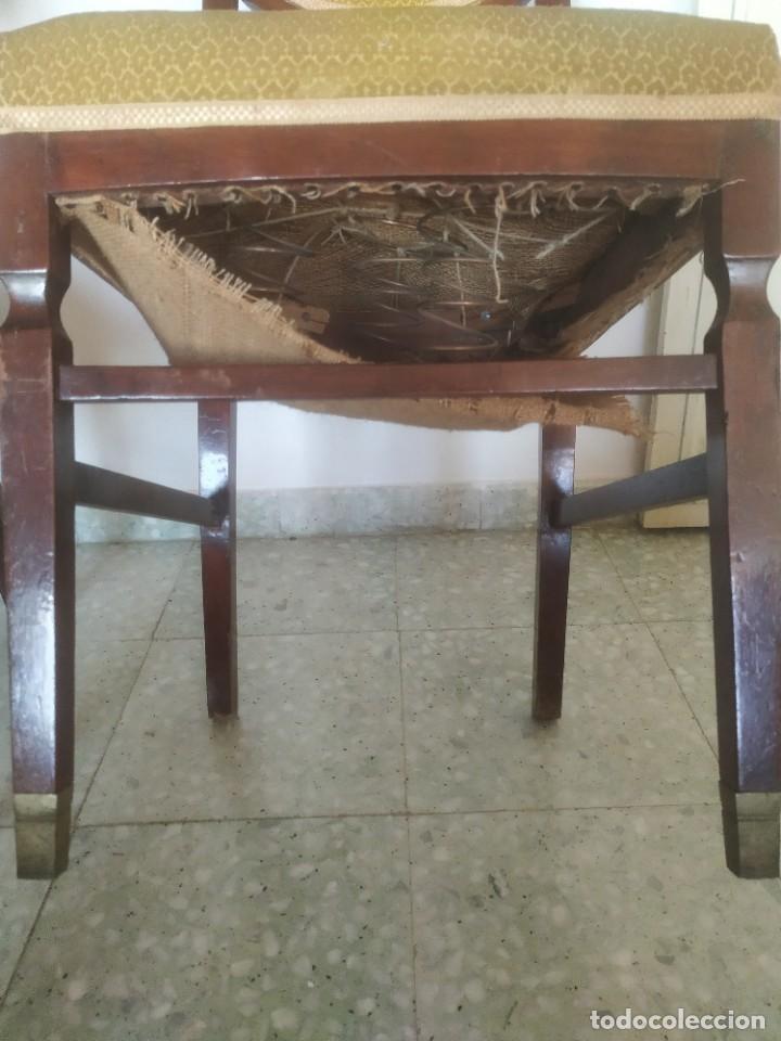 Antigüedades: Antigua pareja de sillas de madera tapizada. Altura asiento: 46 cm. Ancho: 43 cm. Fondo 41 cm - Foto 16 - 287936578