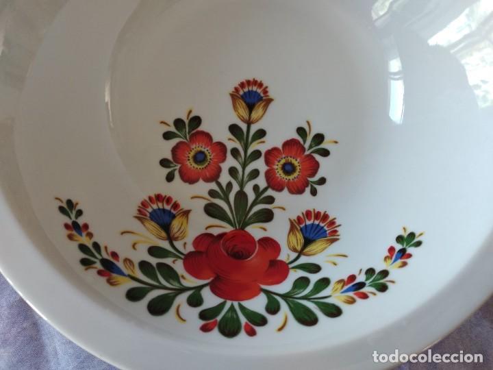 Antigüedades: Antigua ensaladera de porcelana bareuther waldsassen bavaria germany - Foto 2 - 287940563