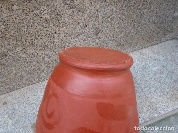 Antigüedades: BOTIJO CLASICO BARRO ROJIZO DE APROX 2.5 L, 30x20CM 1.5KG, APROX 1960 + INFO - Foto 5 - 287952538