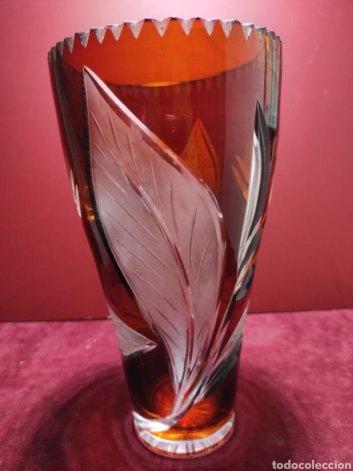 Antigüedades: Florero cristal de Bohemia labrado - Foto 5 - 287962058