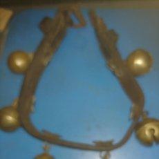 Antigüedades: COLLAR DE CASCABELES. Lote 287997618