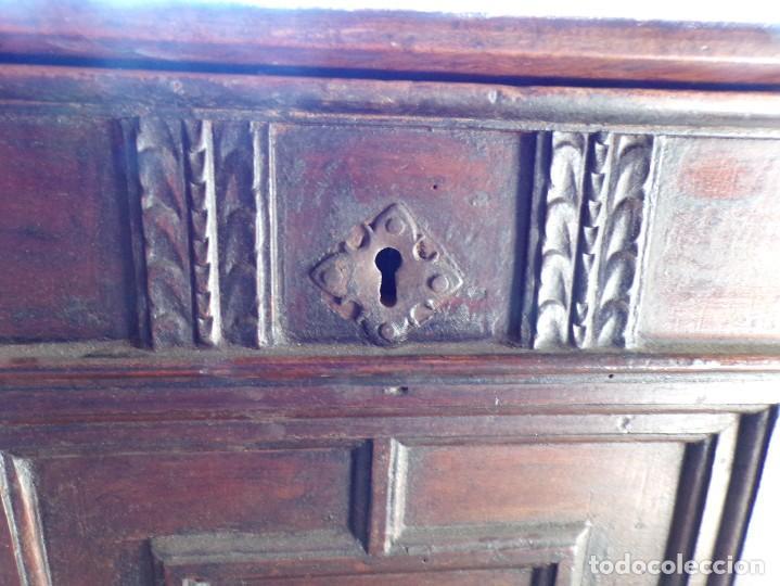 Antigüedades: antiguo arcon de madera caja de novia catalana lerida o tarragona cuarterones en buen estado general - Foto 7 - 287998663