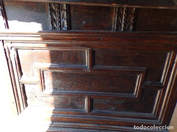 Antigüedades: antiguo arcon de madera caja de novia catalana lerida o tarragona cuarterones en buen estado general - Foto 14 - 287998663