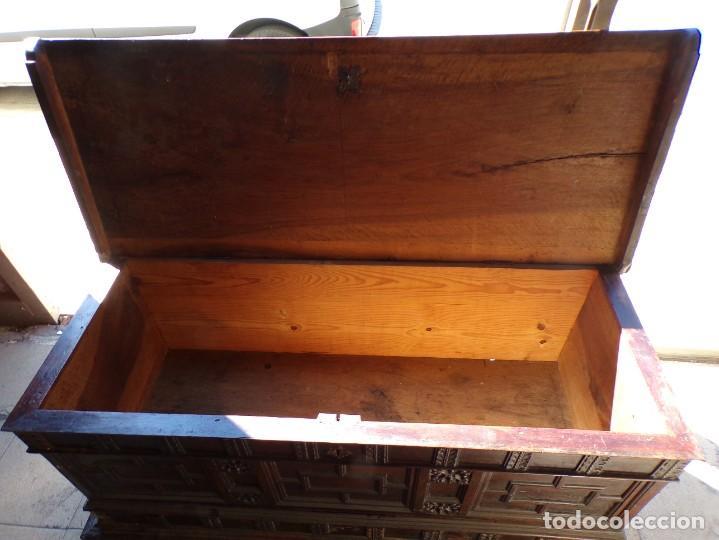Antigüedades: antiguo arcon de madera caja de novia catalana lerida o tarragona cuarterones en buen estado general - Foto 20 - 287998663