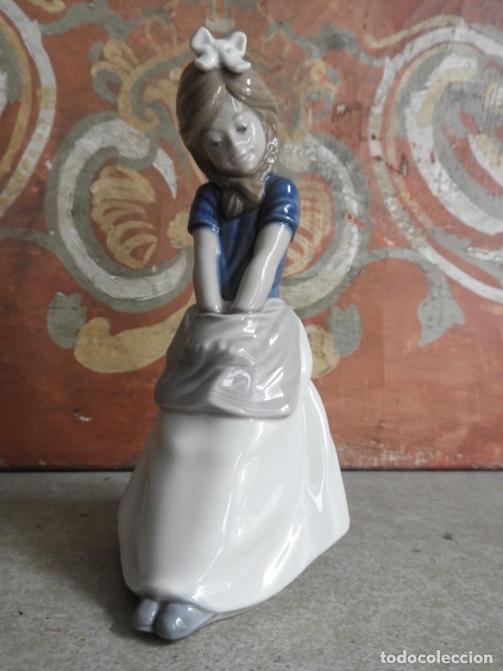 Antigüedades: FIGURA DE PORCELANA NAO LLADRO DE UNA NIÑA - Foto 5 - 288015068
