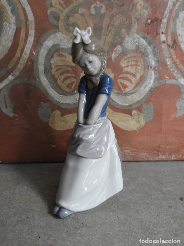 Antigüedades: FIGURA DE PORCELANA NAO LLADRO DE UNA NIÑA - Foto 7 - 288015068